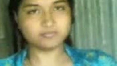 Bangla hottie neighbor caught nude while she gets dressed up after bath