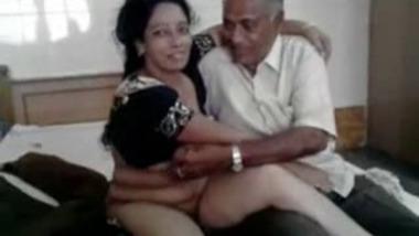 Hot Married Priya Auntie Affair With Old Man
