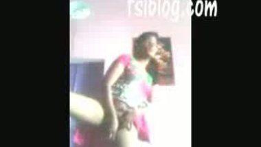 Desi village girl madhu with her nextdoor guy leaked mms