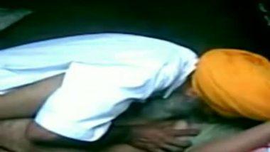 Punjabi aunty fucked by mature sardarji
