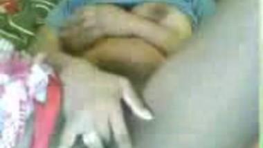 Fsiblog – Delhi girl Manjusha masturbate on cam MMS