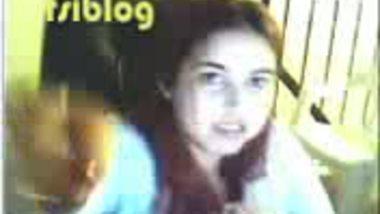 Paki bhabi huge boob show on cam