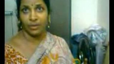 Mallu Hot Aunty Shower