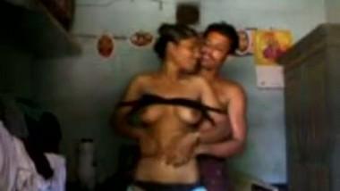 Desi porn mms of slim village bhabhi fucked by neighbor at daytime