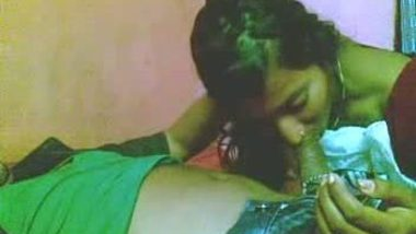 Bengali girl smooching and having sex with lover