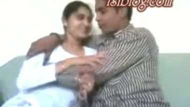 Desi cute college girl sabana with her cousin mms