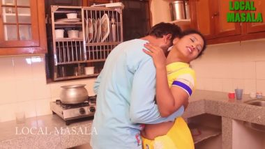 Amateur bhabhi romance with lover in Bollywood sex