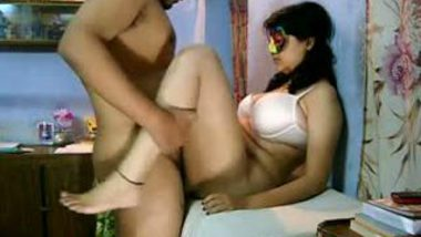 Gujrati mature bhabhi home sex with neighbor