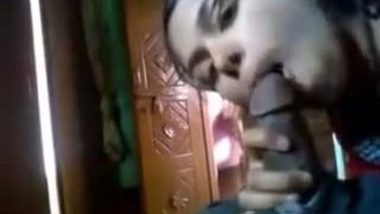 Desi house wife given hot blowjob session against money
