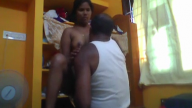 Tamil house wife gets pussy eaten and rides hubby