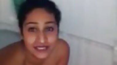 Desi Chick Blowjob In Shower