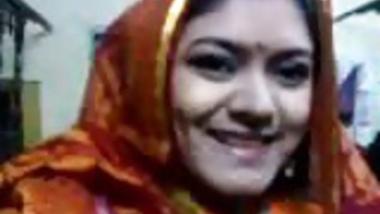 busty desi Vabi in webcam showing assets