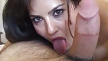 Sunny Leone Hottest POV