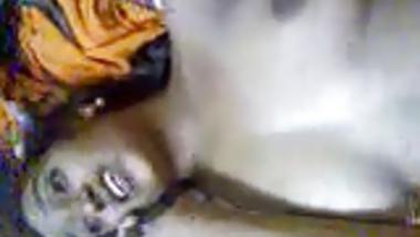 Telugu girl fucked while talkin on phone