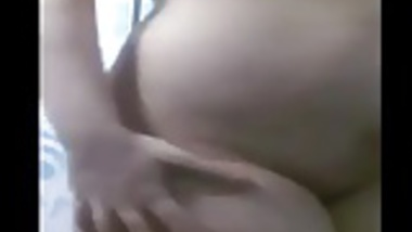 Desi Wife Masturbating In Bath