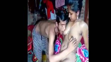 Bengali village bhabhi sexy video with neighbor