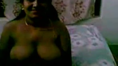 Telugu sex videos of a man enjoying his niece