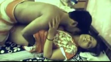 Tamil naked aunty seducing her nephew
