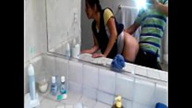 Hot teen from Noida having sex in the bathroom