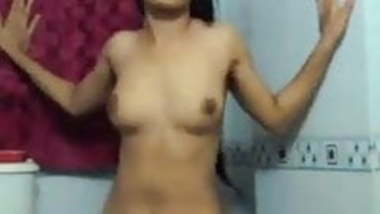 Desi bathroom MMS leak