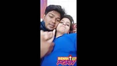 Indian Girlfriend Recording Nude Selfie With her lover