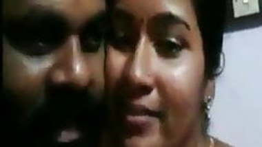 hot desi indian mallu couples showing themselves before cam