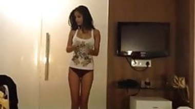 Poonam Pandey hot videos