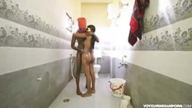 Tamil Indian Girl Fucked In Bathroom