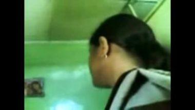 Desi Parlor Girl's Happy Ending Massage