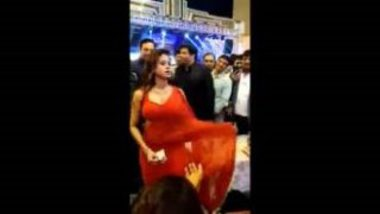 Sexy Mujra During Office Party