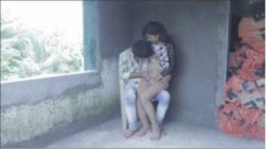 Hot Bhabhi Romancing Young Devar