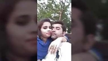 Desi collage lover outdoor kissing