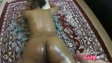 Indian Massage Room Tamil Horny Lily Getting Oil Massage
