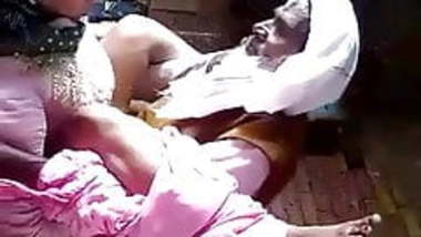Oldman sex with Doughter Homemade