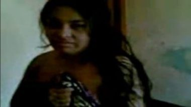 Indian Sex MMS Of Naked Married Woman And Young Boyfriend