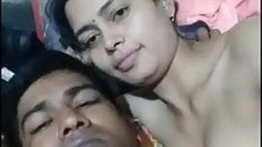 Desi Bhabhi Enjoying with here husband